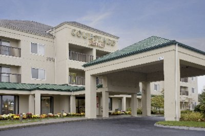 Image of Raynham Courtyard by Marriott