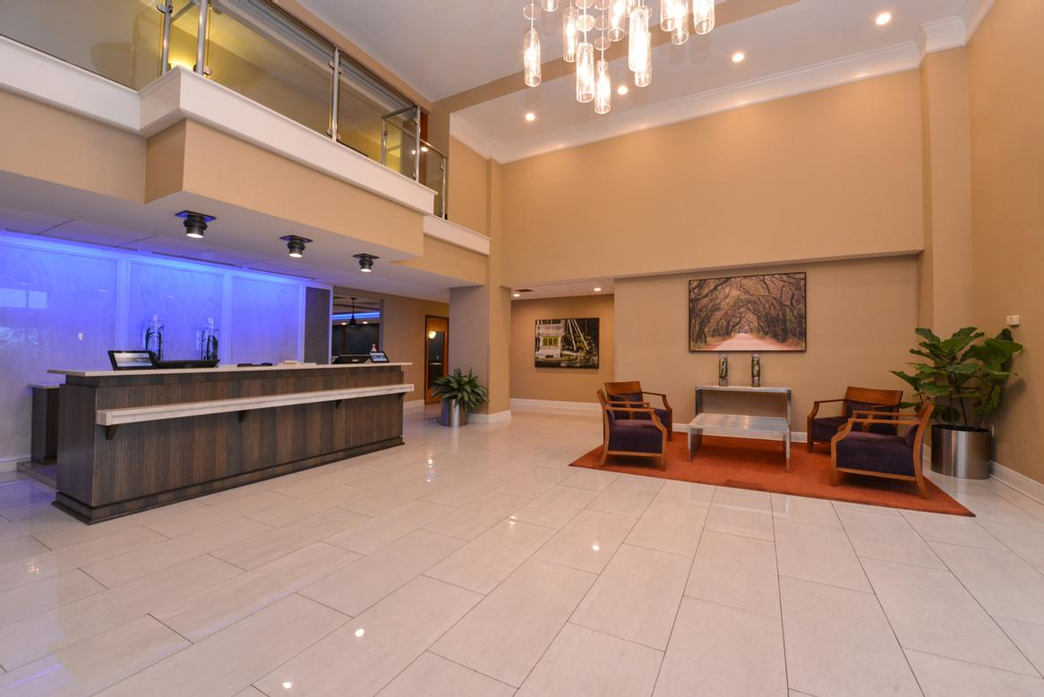 Lobby/guest Services 5 of 16