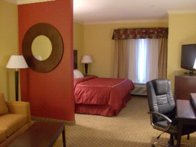 Comfort Suites Lawton 1 of 12