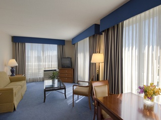 Guest Rooms -King Suite 6 of 10