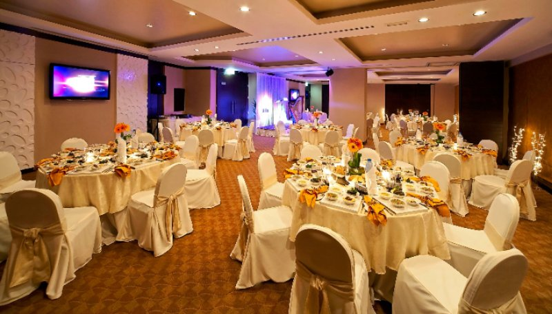 Banquet Hall 4 of 13