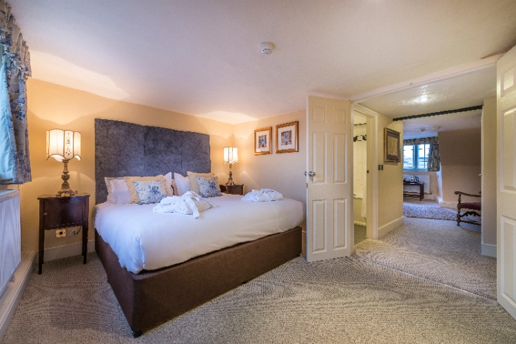 Fotheringhay Suite -Bedroom 2 20 of 27