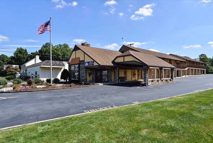 Americas Best Value Inn Ronks / Lancaster County 1 of 13