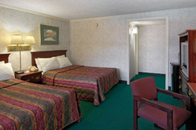 Clean Comfortable Rooms 5 of 6
