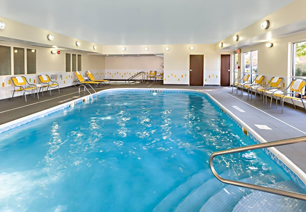 Indoor Heated Pool & Hot Tub 9 of 16