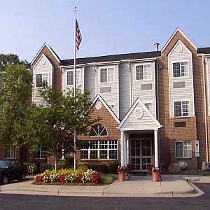 Microtel Inn by Wyndham Charlotte / University Pla 1 of 4