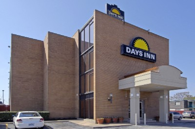 Image of Days Inn / Six Flags / Ballpark / Cowboys Stadium
