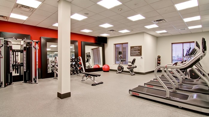 Fitness Center 18 of 24