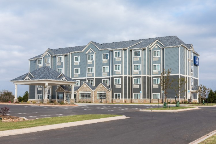 Microtel Inn & Suites by Wyndham Perry 1 of 17