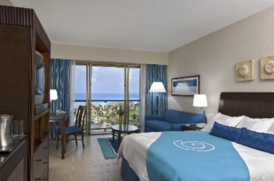 Standard Guestrooms Include An Ocean View Two Queen-size Beds Or One King Bed And A Sofa With A Pull-out Bed And Are Beautifully-appointed With A Contemporary Mexican Decor And Hilton's Serenity Collection™ Of Amenities. 3 of 11