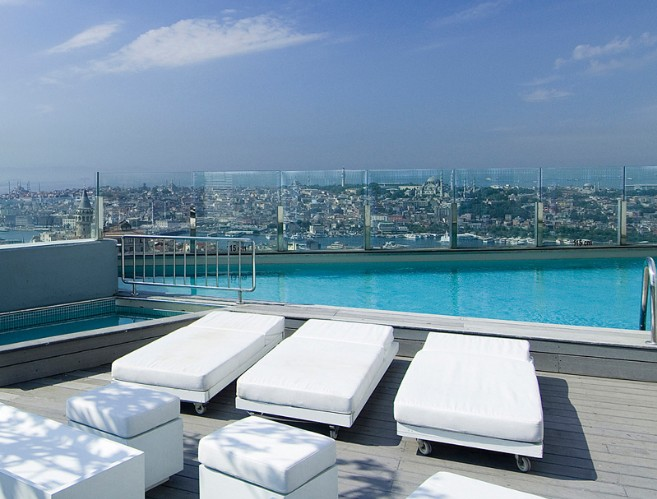 Rooftop Pool 3 of 13