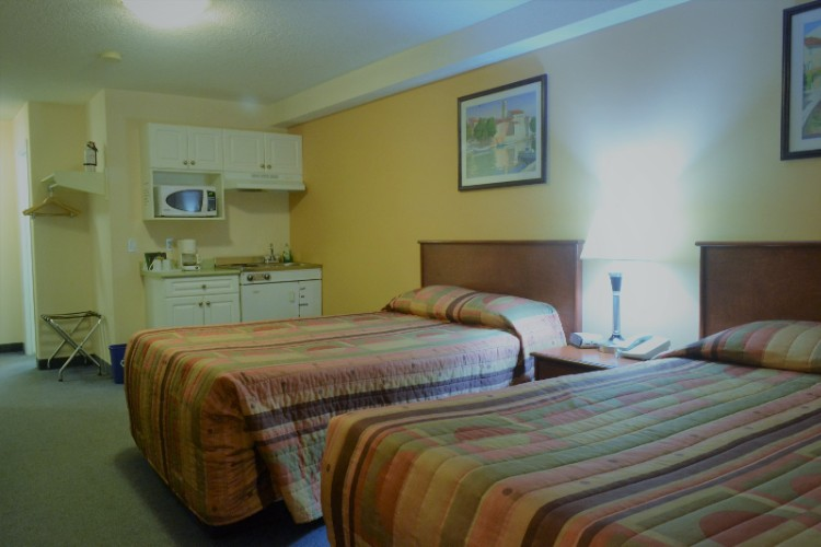 2 Double Room With Kitchenette 9 of 13