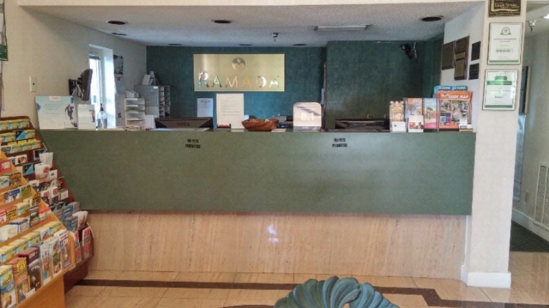 Front Desk/ Registration Desk 7 of 24