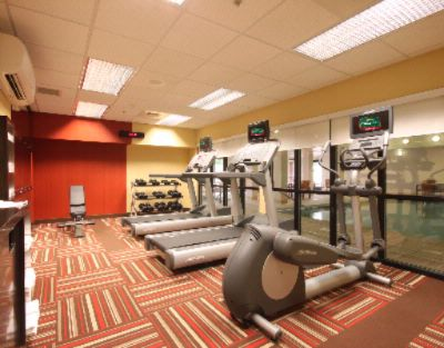 24 Hour Fitness Center With Personal Hd Tv\'s At Each Station 15 of 18