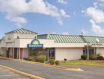 Days Inn Alcoa Knoxville Airport 1 of 10