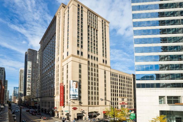 Hilton Garden Inn Chicago Downtown Magnificent Mil 1 of 14