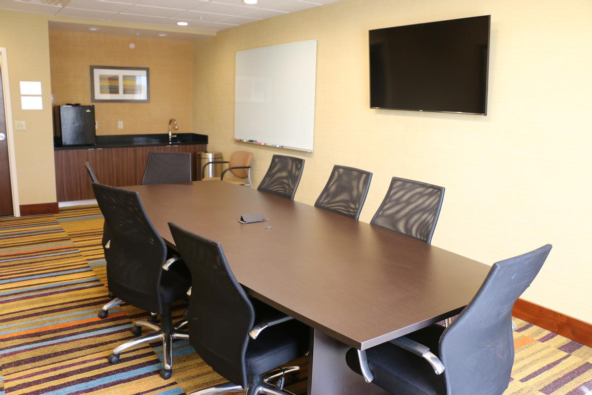 Falcon Room (Board Room Style) 4 of 10