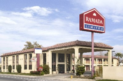 Americas Best Value Inn & Suites Bakersfield Central 1 of 8