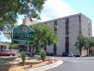 La Quinta Inn Ste Saint Paul 1 of 5
