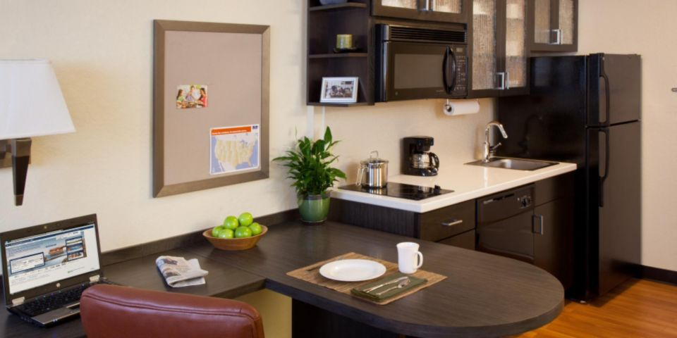 Studio Suite Kitchenette 16 of 27
