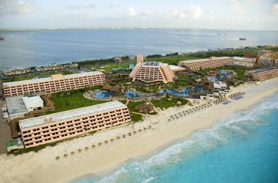 Grand Oasis Cancun 2 of 31