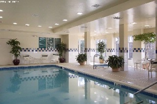 Indoor Pool With Jacuzzi 16 of 18