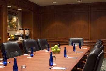 Executive Board Room 8 of 18