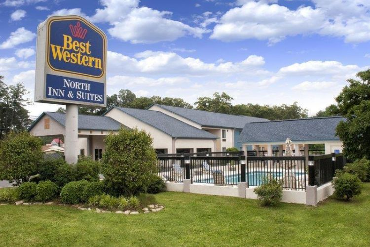 Best Western North Inn & Suites 1 of 13
