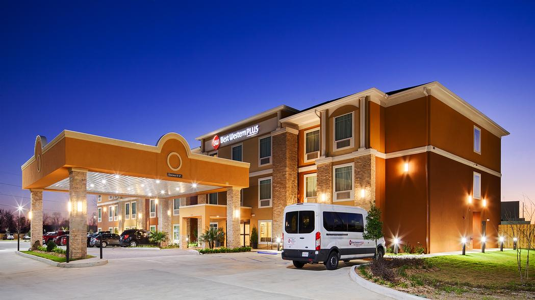 Best Western Plus New Orleans Airport Hotel 1 of 3