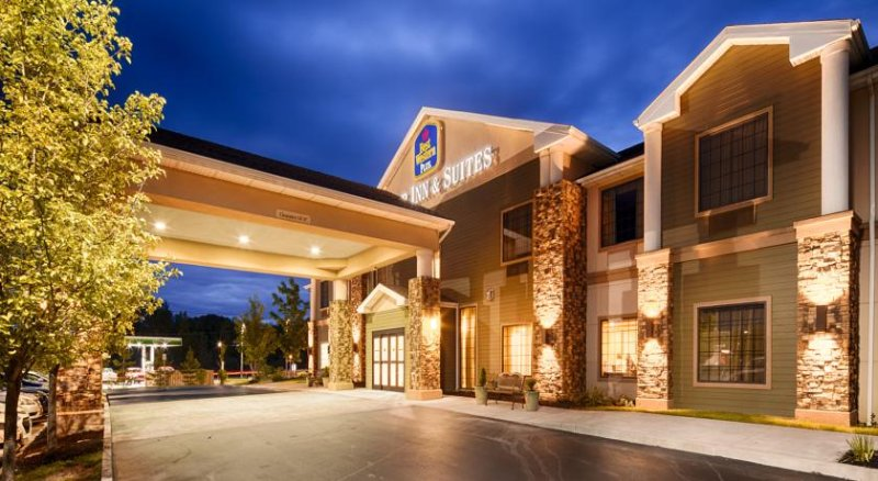 Best Western Plus Victor Inn & Suites 1 of 19