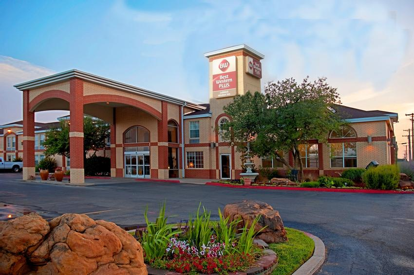 Best Western Plus Lubbock Windsor Inn