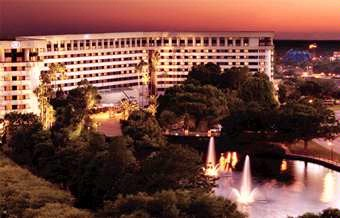 Hilton Orlando Lake Buena Vista 1 of 3