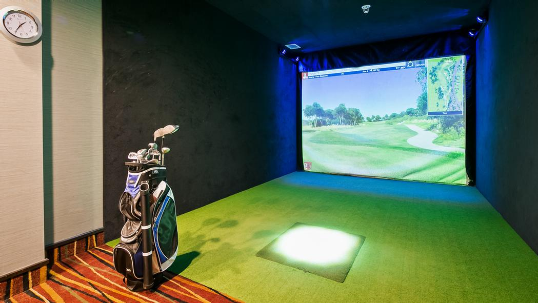 Bring Your Clubs And Practice Your Swing 365 Days A Year In Our Virtual Sports Simulator Room! Free To Our Guests You Can Enjoy Any Sport Imaginable Including Golf Soccer Hockey Baseball Football 3d Hunting And Even Zombie Dodgeball! 5 of 11
