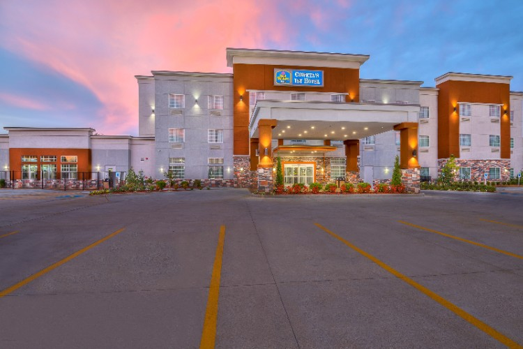 Best Western Plus Coweta\'s 1st Hotel 1 of 16