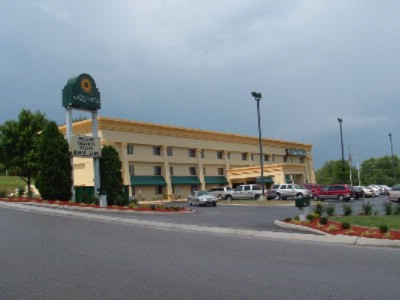 La Quinta Inn & Suite Salem / Roanoke 1 of 5