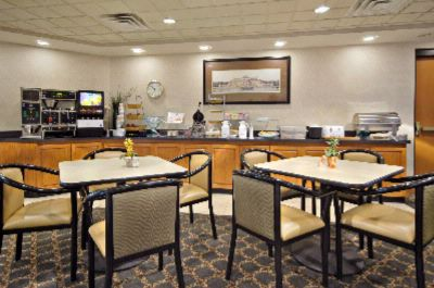 Complimentary Deluxe Continental Breakfast 4 of 15