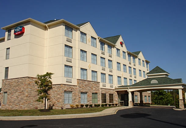 Towneplace Suites by Marriott 1 of 9