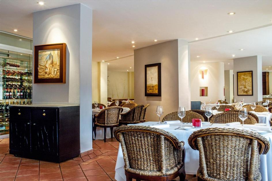 Andrea -This Casually Elegant Restaurant Offers Á La Carte Or Buffet International Menu For Breakfast Lunch And Dinner. Representative Cuisines Are Present At Different Themed Buffet Dinners Every Evening: Mexican Asian Italian And French. 11 of 51