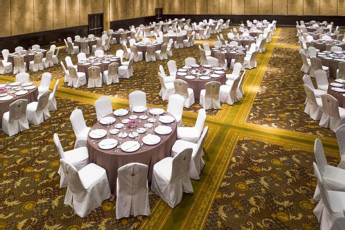 Convention Center -Meetings And Convention Venues At Velas Vallarta Offer Over 6990 Sq. Ft. Of Flexible Event Space And Up To 5 Breakout Sessions To Host Groups Ranging From 10 To 1250 Guests. 24 of 51