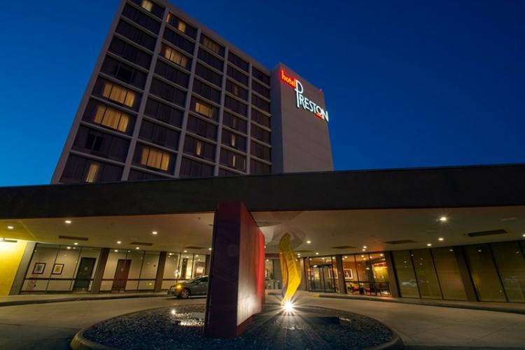 Hotel Preston 733 Briley Pkwy Nashville Tn 37217