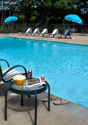 Hotel preston nashville tn 733 briley pkwy 37217 - Preston hotels with swimming pool ...