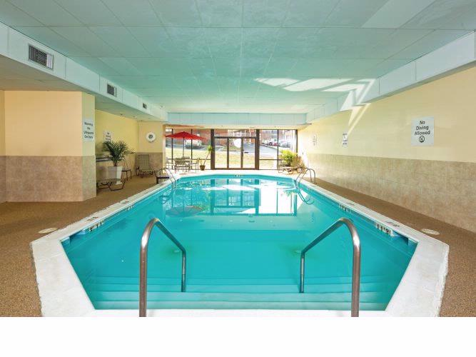 Salisbury\'s Largest Indoor Heated Pool Area 10 of 15