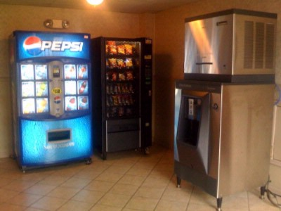 Vending And Ice Maker Machines 7 of 11