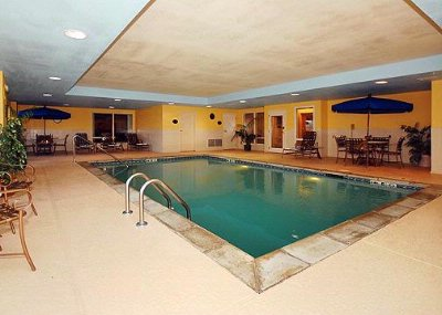 Heated Indoor Pool 7 of 9