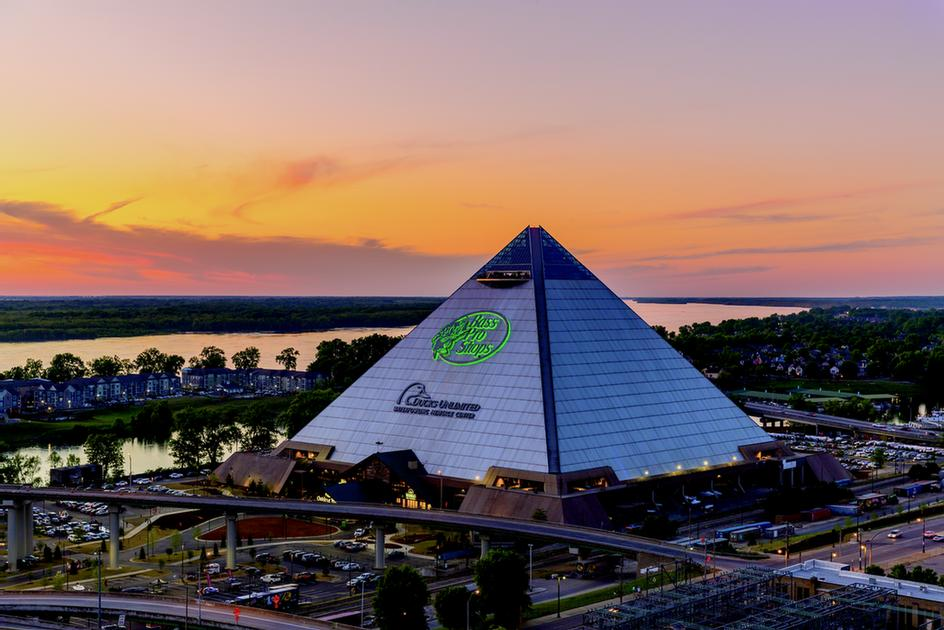 Bass Pro Shops Pyramid 10 of 11