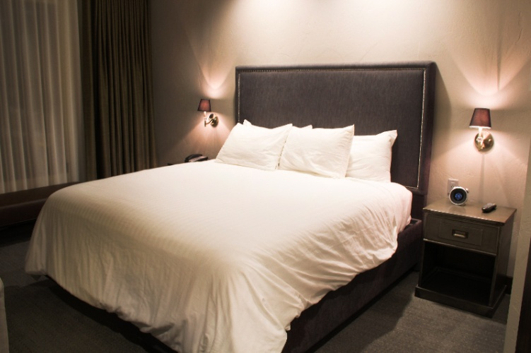 Enjoy The Firebrand Hotel Deluxe Guestrooms 4 of 5
