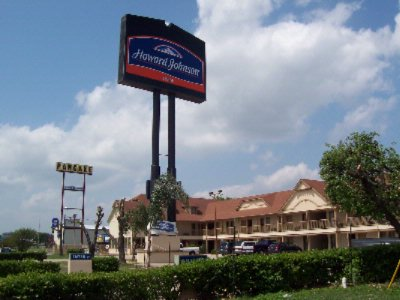 Image of Howard Johnson Inn