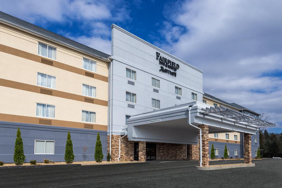 Fairfield Inn & Suites by Marriott Uncasville 1 of 7