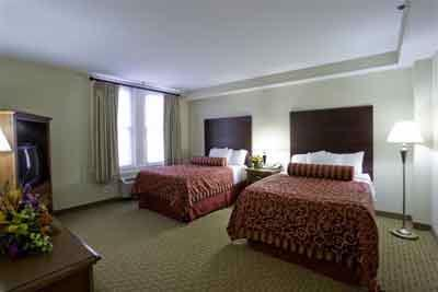 Suite With 2 Double Beds 9 of 12