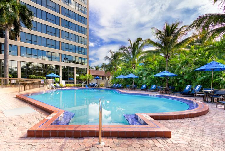 howard johnson plaza hotel miami airport hialeah gardens fl. Holiday Inn Miami West 7707 NW 103rd St. Hialeah Gardens FL 33016 Howard Johnson Plaza Hotel Airport Fl